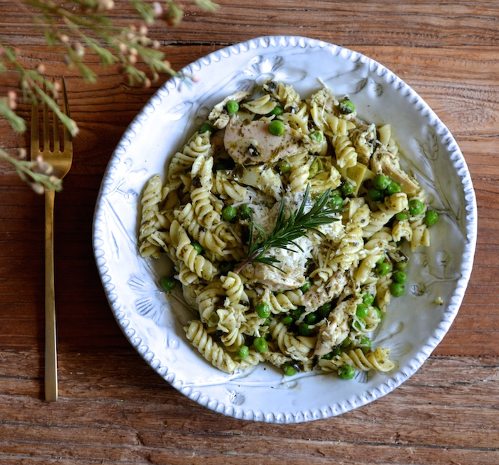 Chicken Pesto Pasta recipe (a.k.a. the easiest recipe ever!)