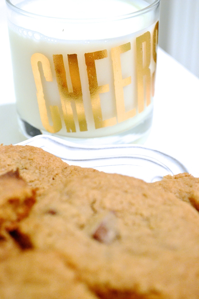 Milk and cookies! // www.thehiveblog.com