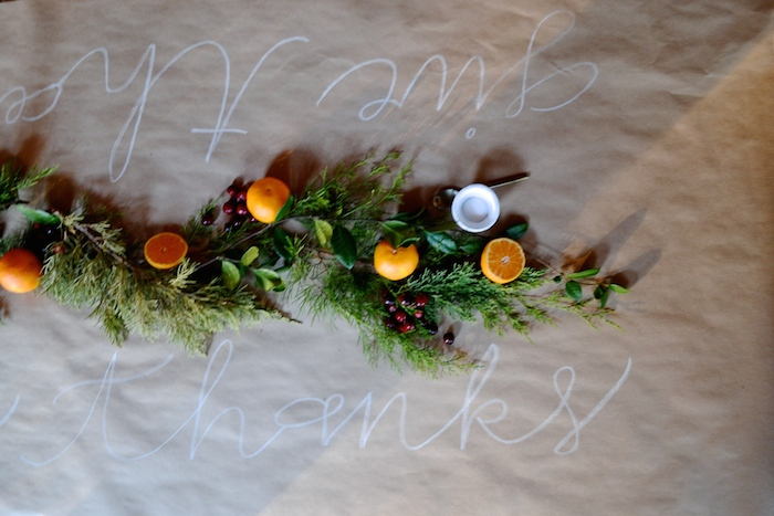 Easy Thanksgiving Table Decor
