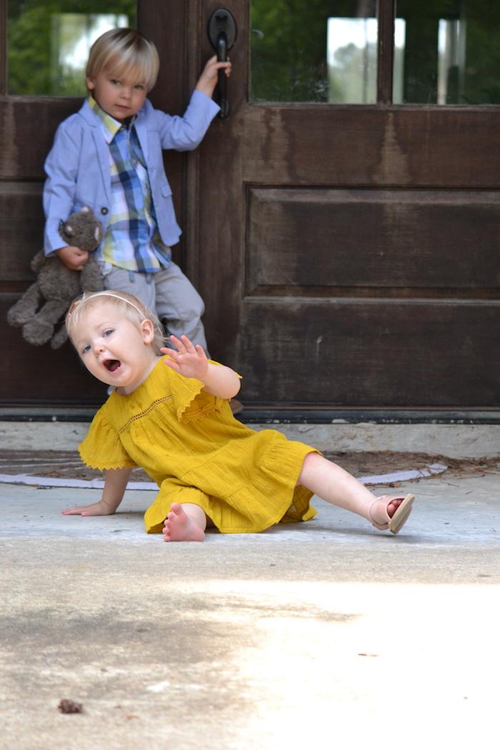 Springy Babies via thehiveblog.com