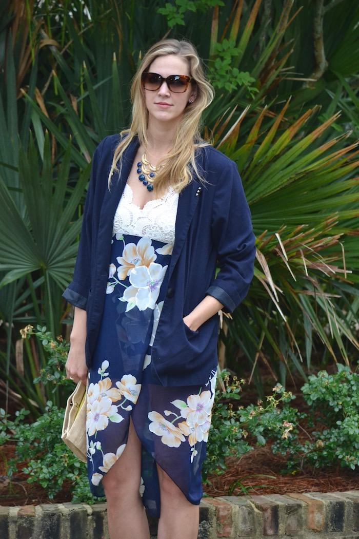 Flowy Floral via thehiveblog.com