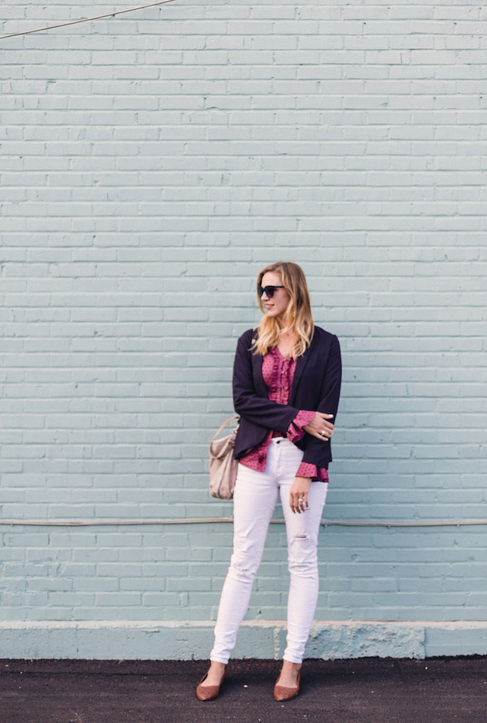The Frill Of It All // fluted bell sleeves + white skinnies = the perfect fall outfit // www.thehiveblog