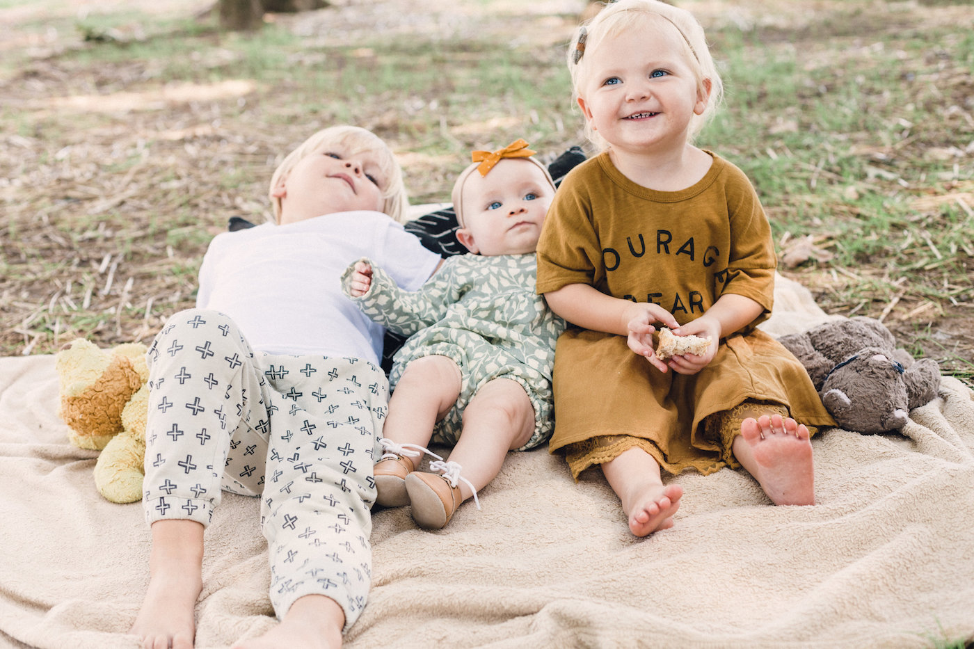 A Fall Rylee & Cru Picnic in Mississippi <3 // www.thehiveblog.com