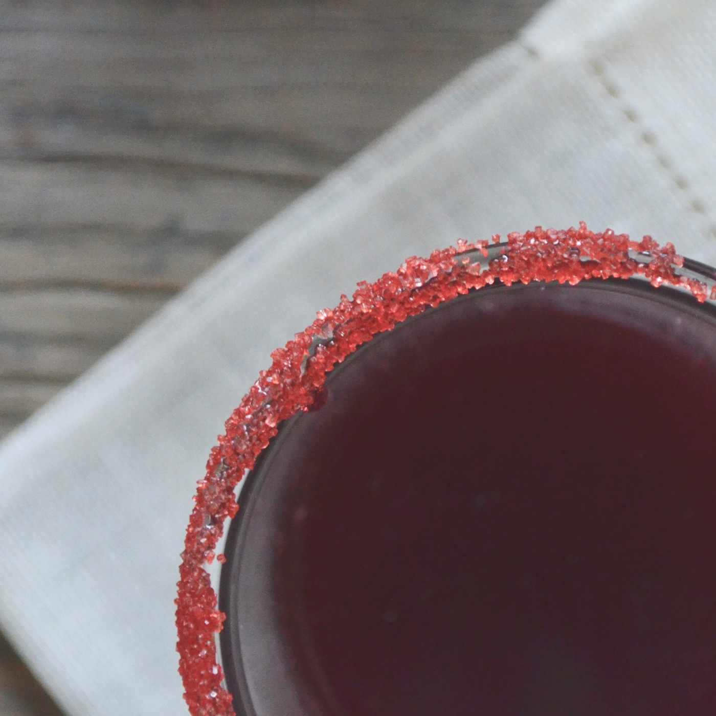 Dracula Sangria // perfect for your next Halloween party! // www.thehiveblog.com
