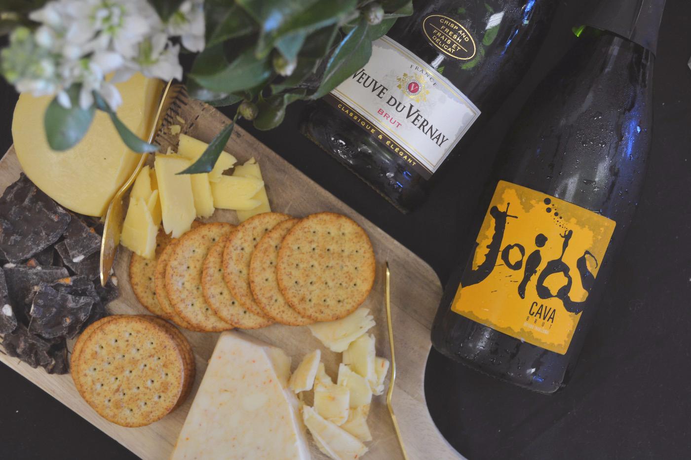 Taste The Bubbles // www.thehiveblog.com