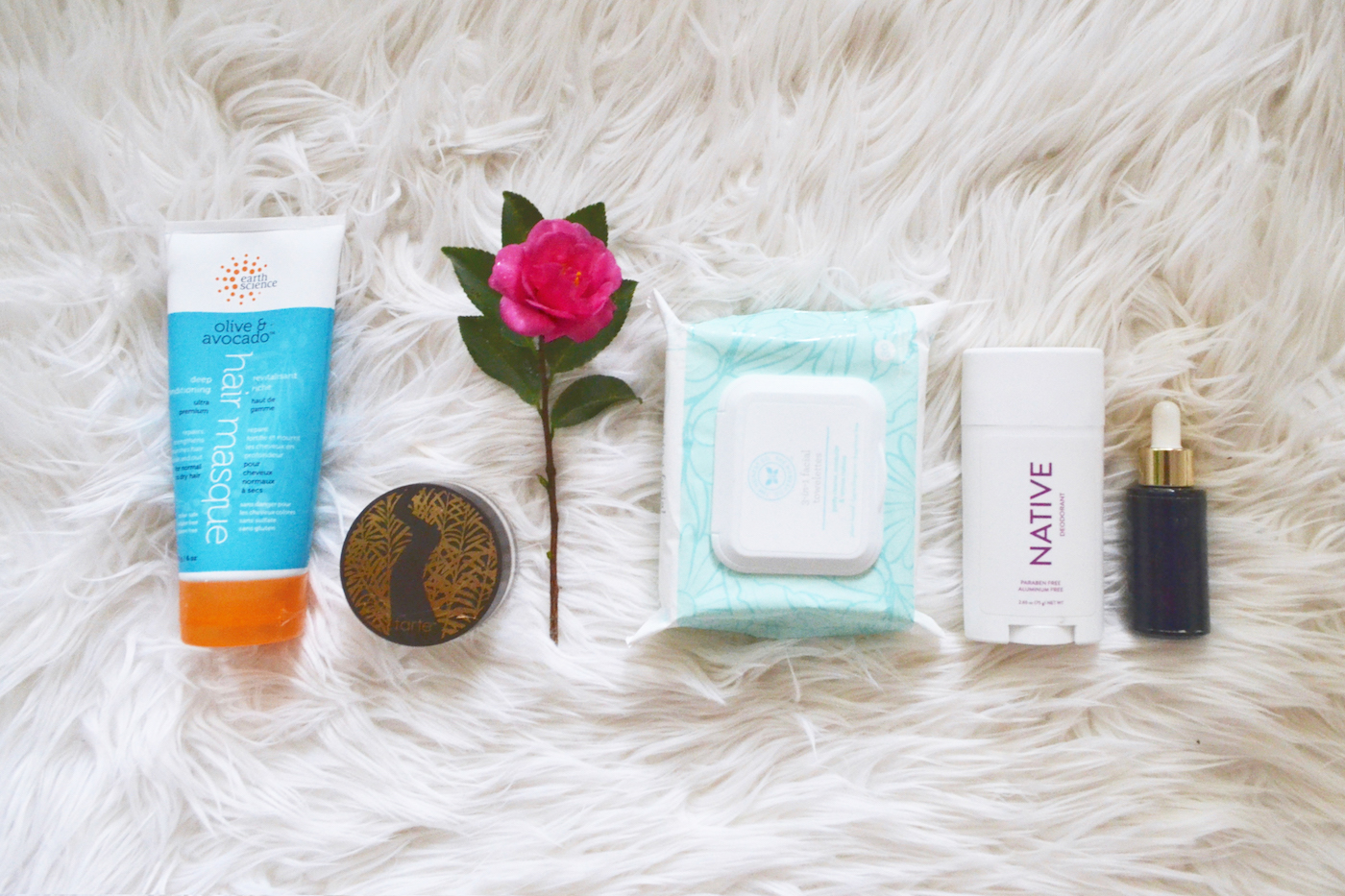 My Favorite Chemical Free Beauty Items // www.thehiveblog.com