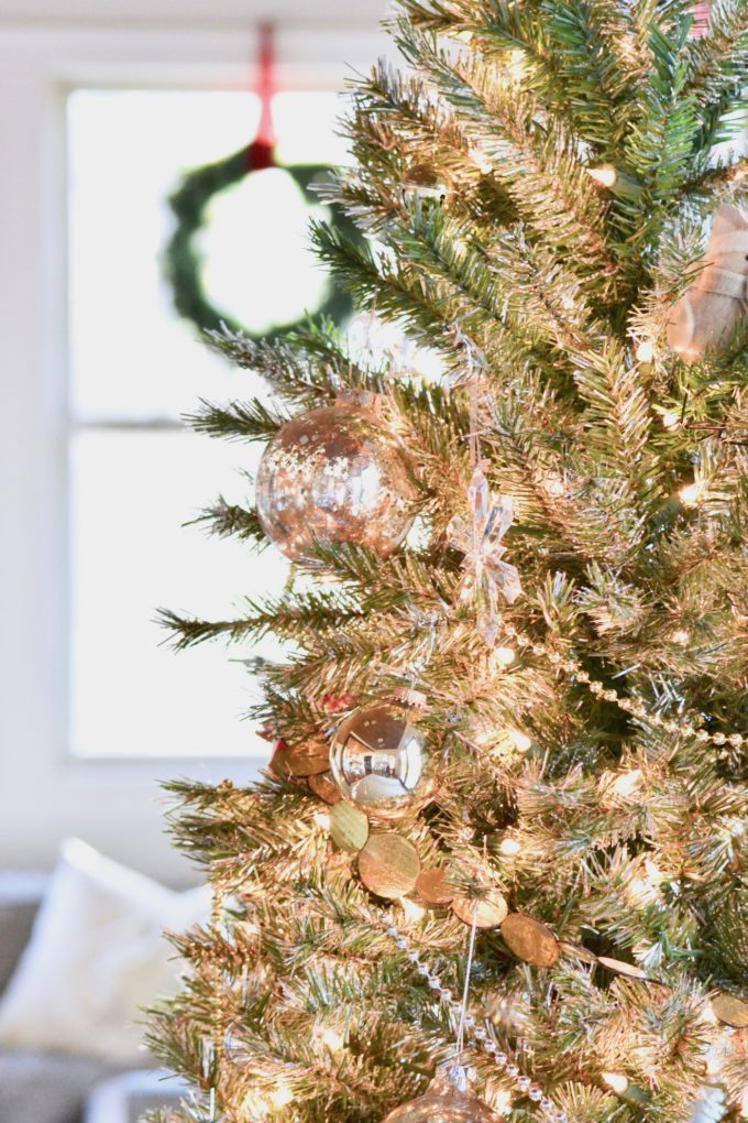 Finding your rhythm (and ditching balance) during the holidays // www.thehiveblog.com