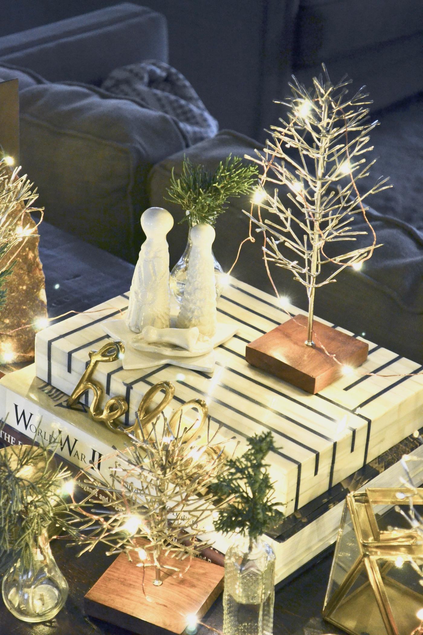 Halls Decked: A Christmas Home Tour // www.thehiveblog.com