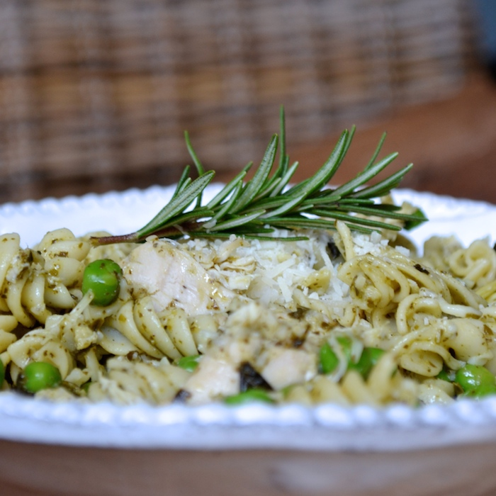 Chicken Pesto Pasta recipe (a.k.a. the easiest recipe ever!)