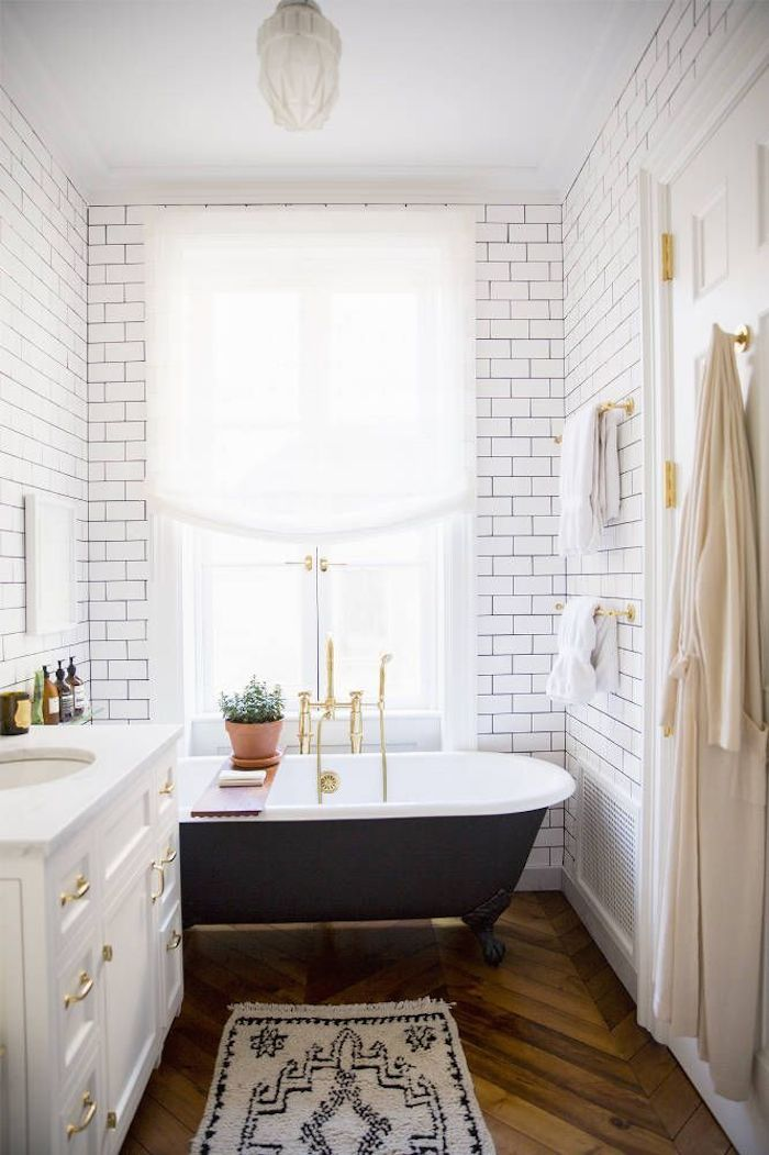 Bathroom Inspiration // www.thehiveblog.com