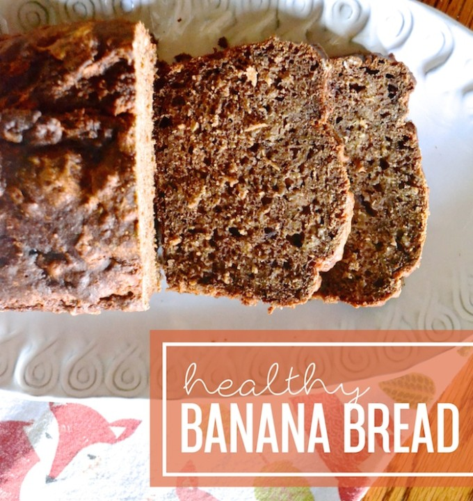Healthy Banana Bread Recipe // www.thehiveblog.com