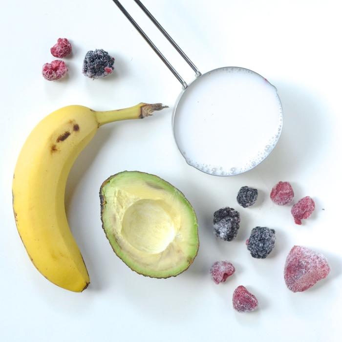 Banana Berry Avocado Smoothie // www.thehiveblog.com