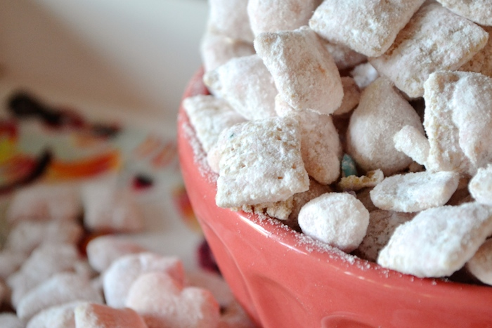 Happy Mix! A yummy, girly treat that you'll have to stop yourself from eating too much of!