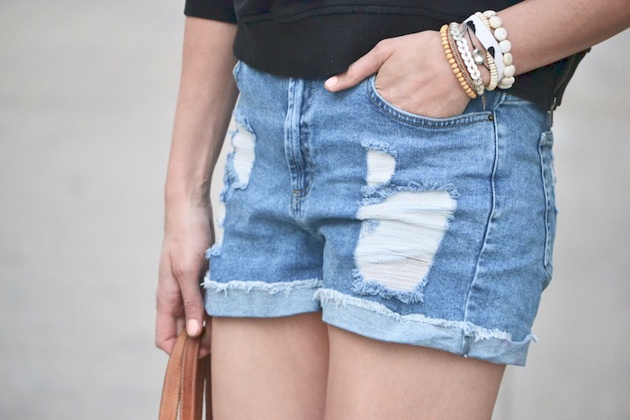Favorite Summer Shorts // thehiveblog.com