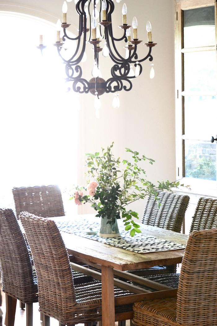 Spring Dining Room Update // thehiveblog.com