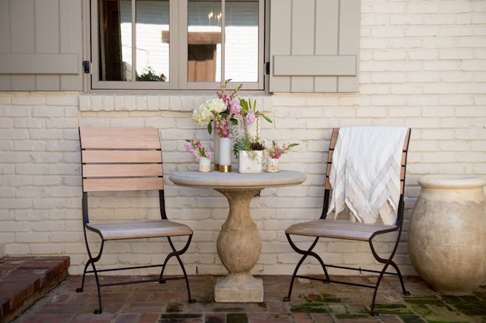 Outdoor Living as seen in Social South // via thehiveblog.com