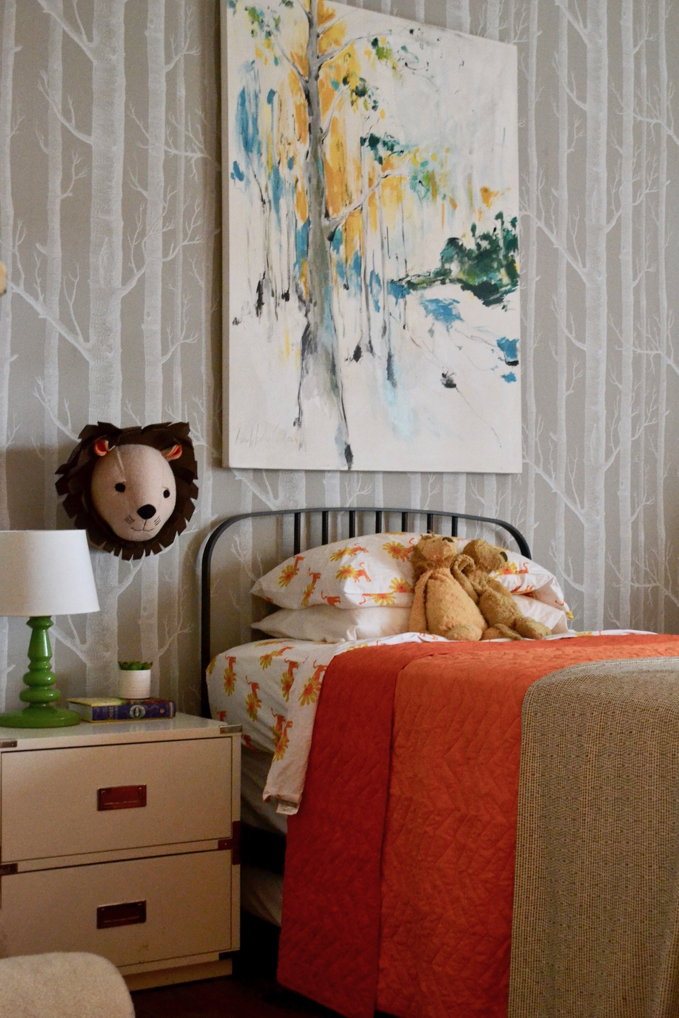 A Toddler Boy's Bright Bedroom // www.thehiveblog.com