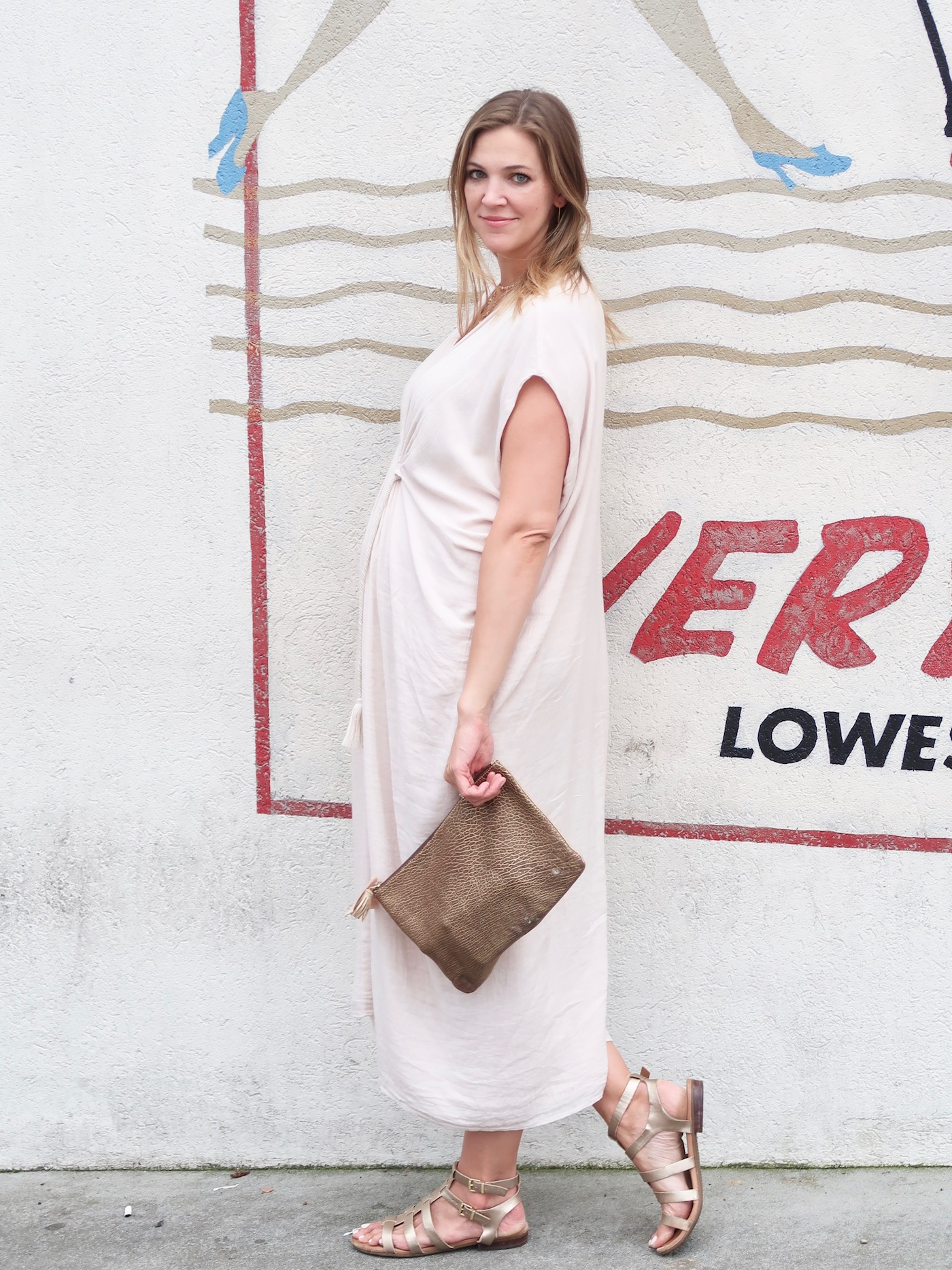 Second Trimester Maternity style with Hatch Collection // www.thehiveblog.com