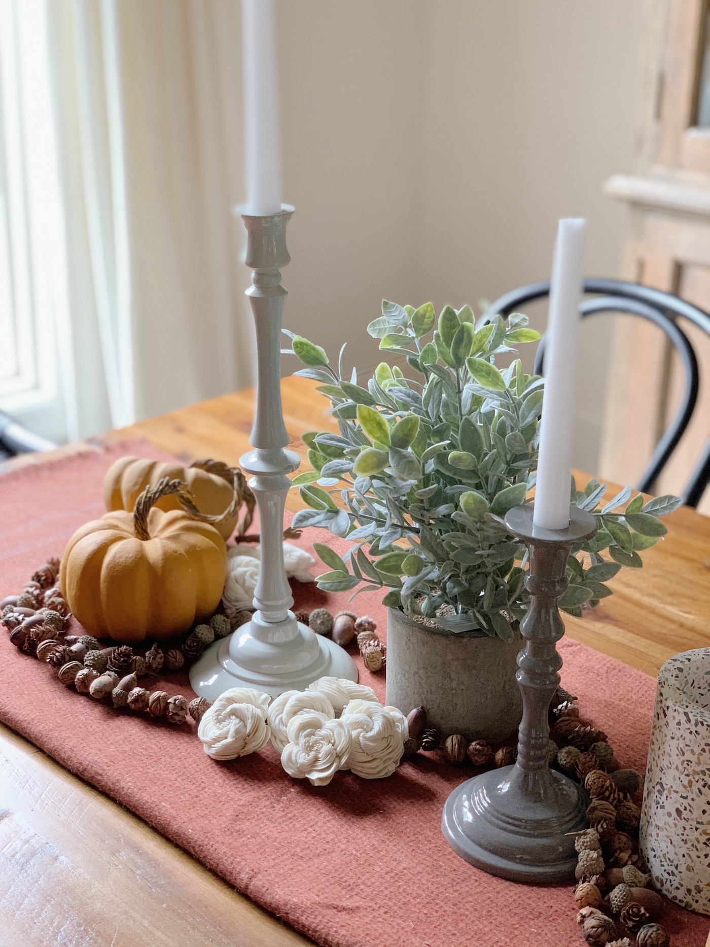 Fun fall tablescape that will carry well into the holidays!