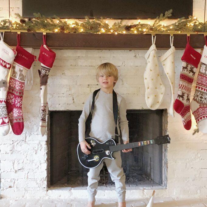big roundup of fair isle stockings linked!