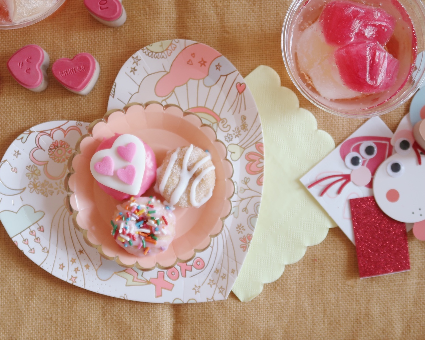 Little Valentine Party with The Dapper Doughnut